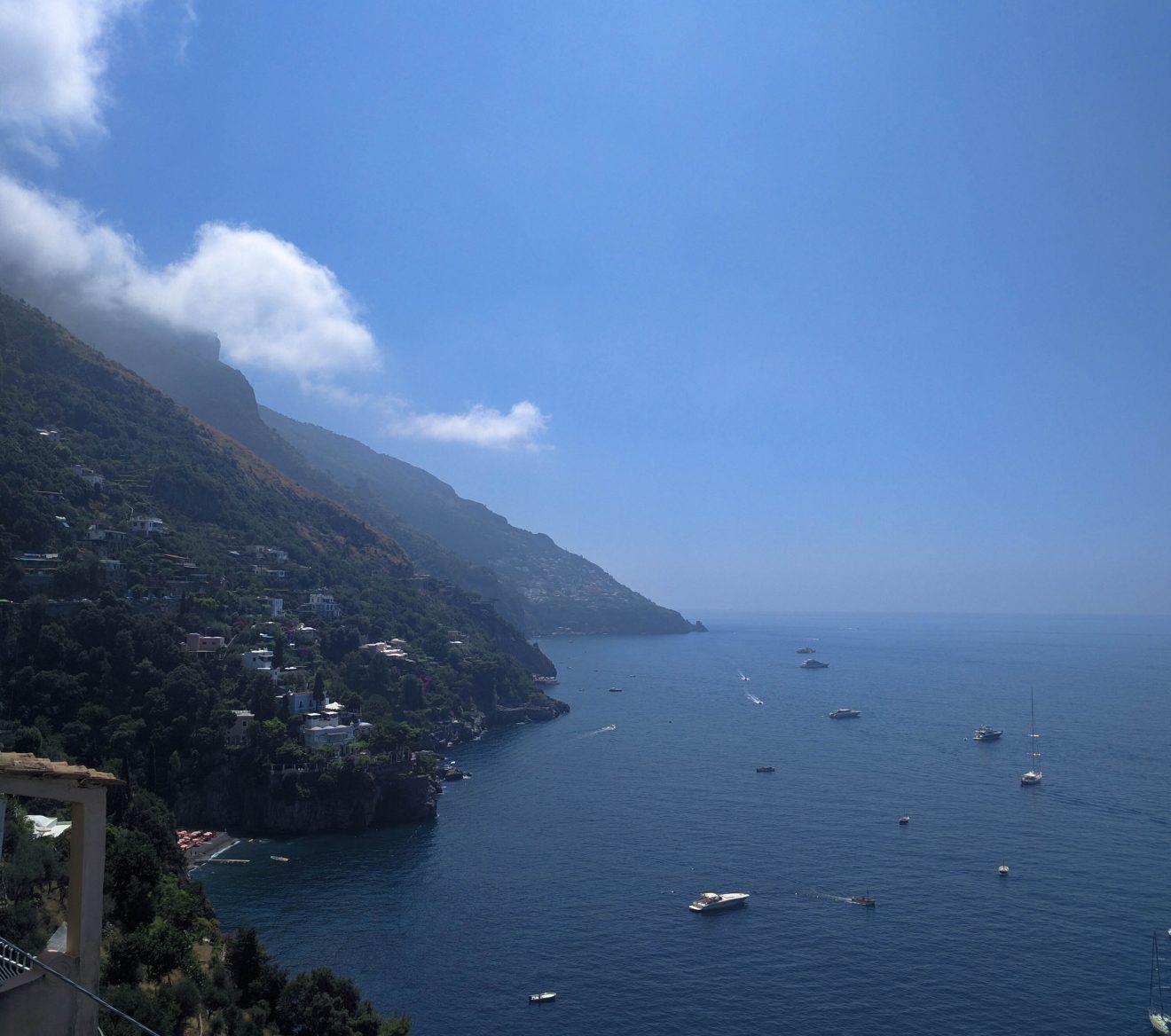 Vue de la côte amalfitaine depuis Positano