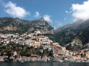 Vue sur Amalfi depuis la mer